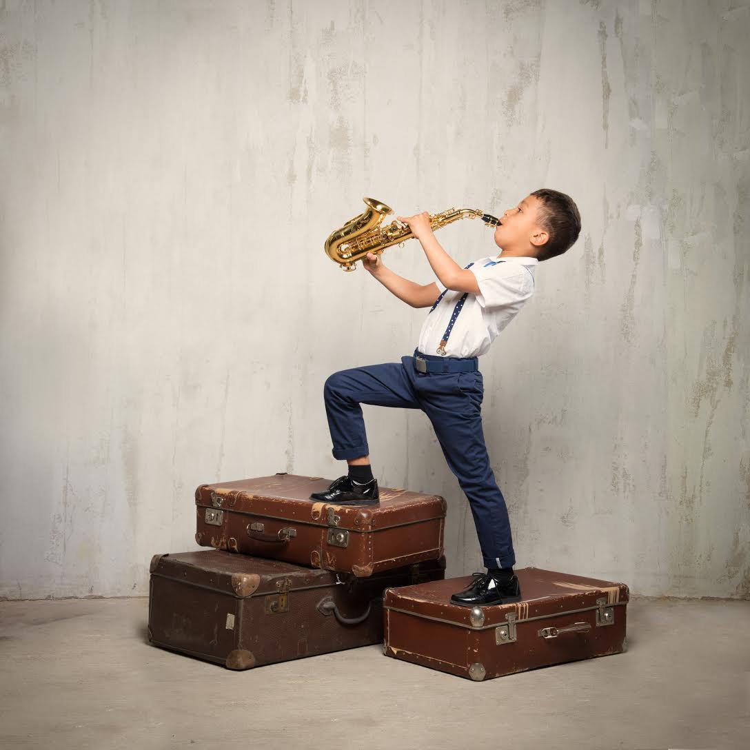 kaip prekiauti opcionais saksofonas)